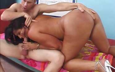 Curvy brunette milf in high heels gives a blowjob then gets drilled hardcore