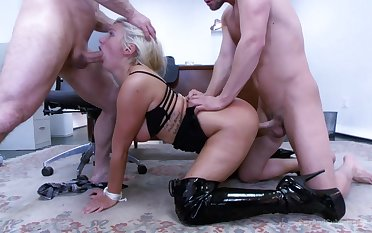MILF gets two men to go harsh on her pussy and ass
