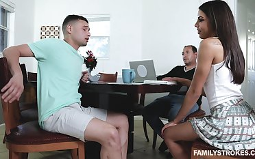 Perv stepsister Rachel Rivers gives a sneaky blowjob and rides a gumshoe