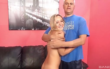 Automated fucking on the leather sofa helter-skelter pornstar Cleo Rascal
