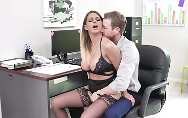 Fine office XXX feigning for the busty secretary