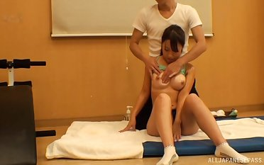 Cock energized Japanese teen Konna Mako gets fucked by the masseur