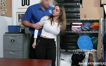 Stunning milf Havana Bleu gets punished be required of shoplifting