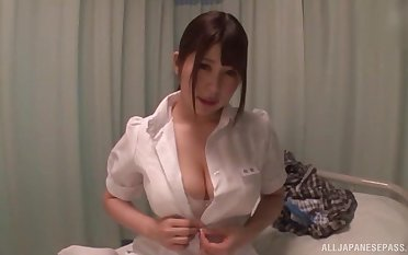 Asian pollute drops her raiment to scenic route a patient's stiff dick