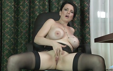 Busty mature chick Stacy Scantling enjoys masturbating while residence alone