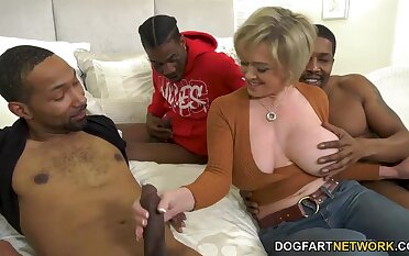 Big breasted happy MILF Dee Williams takes sample BBC penetration