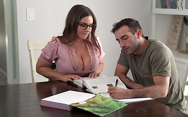Its Hard To Stay Focus When You Got A Busty Teacher - Natasha Conscientious