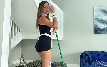 Mexican maid, Havana Bleu is daily having fuck-a-thon with her employer, someone is concerned he every time makes her jizz