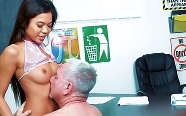 Cute Asian schoolgirl Vina Sky is fixing her grades with her pussy and brashness