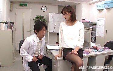 Asian hottie Ichika Kanhata knows how to make him cum fast