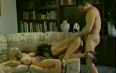 Olivia gets down in a hot retro threeway