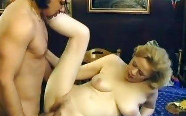 Granny Loves Beamy Cock