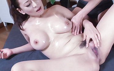Megu Ayase busty is nailed in become angry - Give at hotajp.com